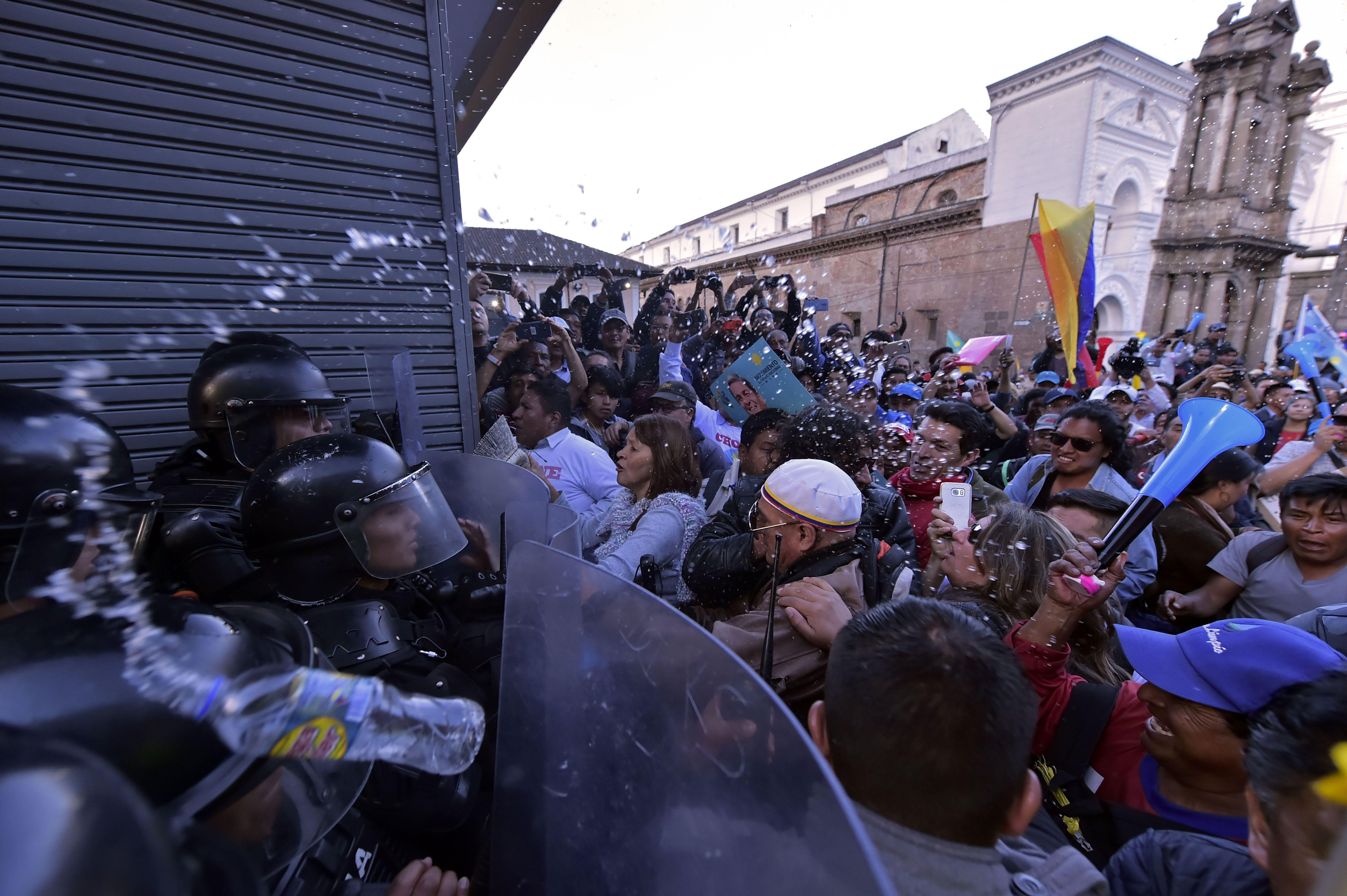 جانب من اشتباكات الإكوادور