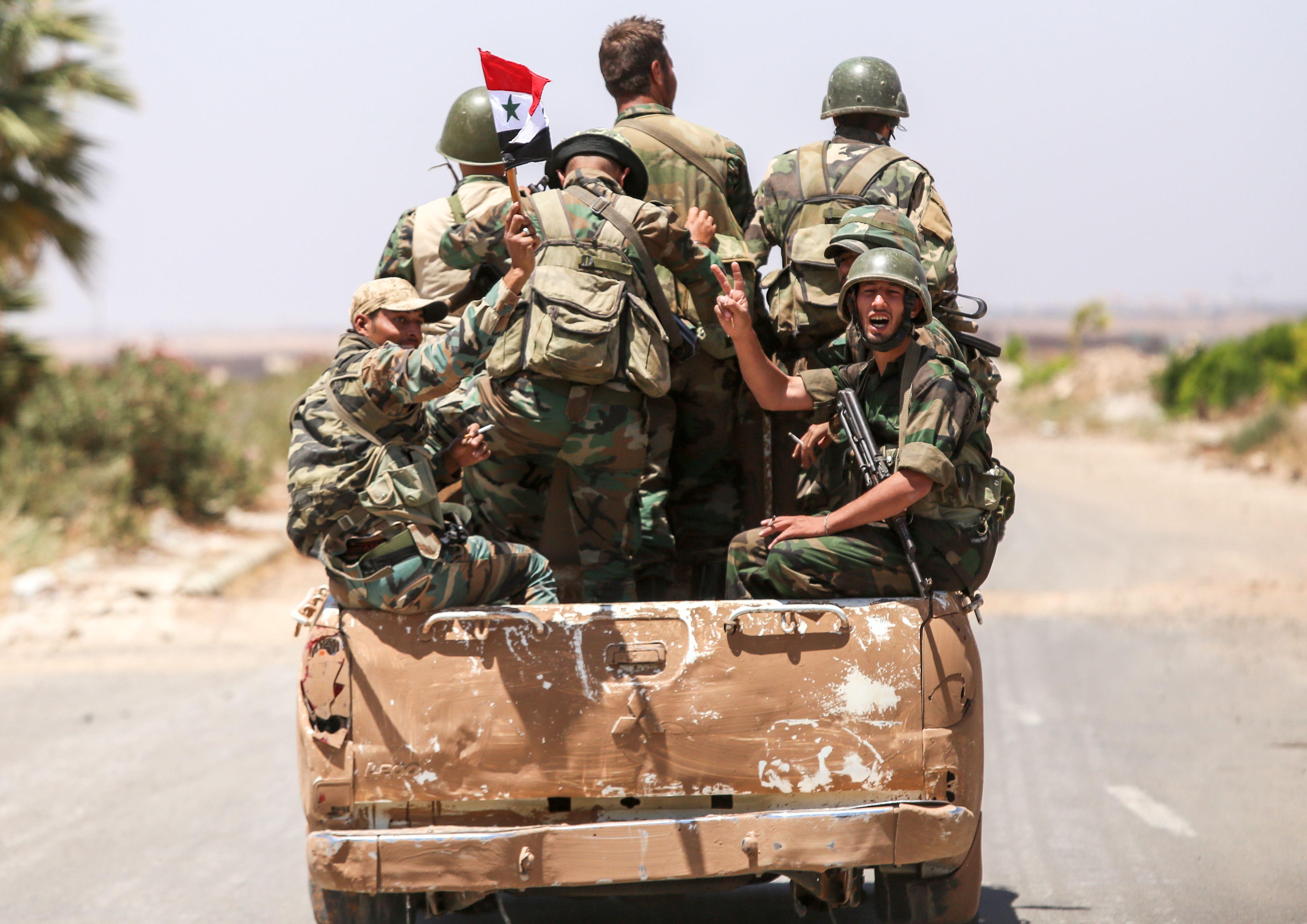 سيارة للجيش السوري