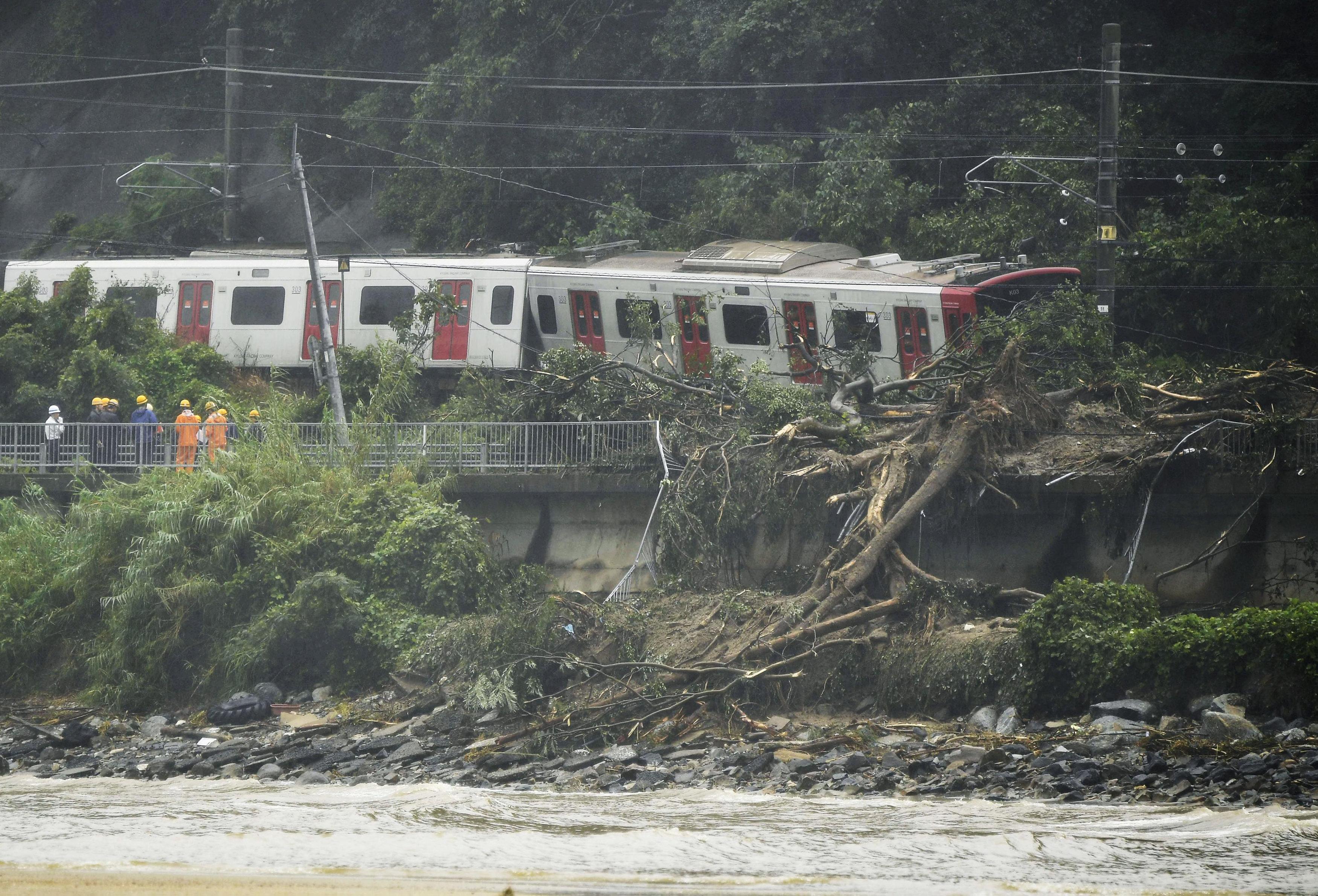 القطارات فى اليابان