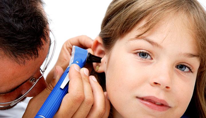 ازالة الشمع من طرق علاج طنين الاذن