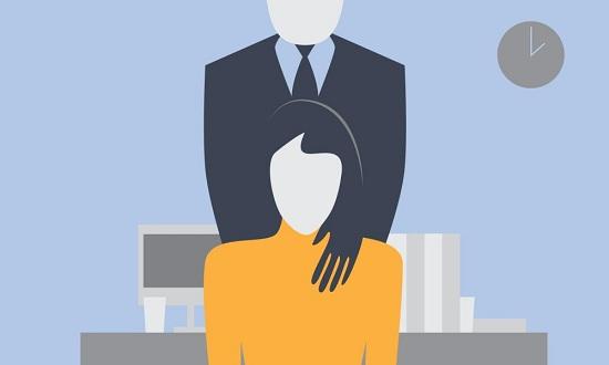 رسمة تعبيرية عن التحرش فى العمل (2)
