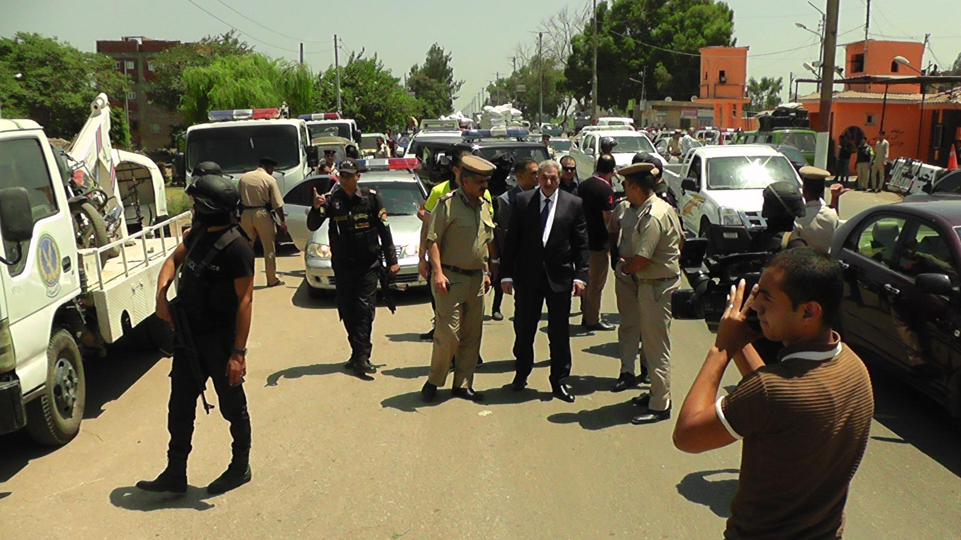 مدير امن الدقهلية يتابع التزام السائقين خلال حملة مرورية