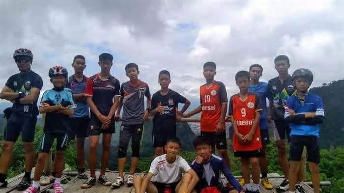 كهف تايلاند (11)