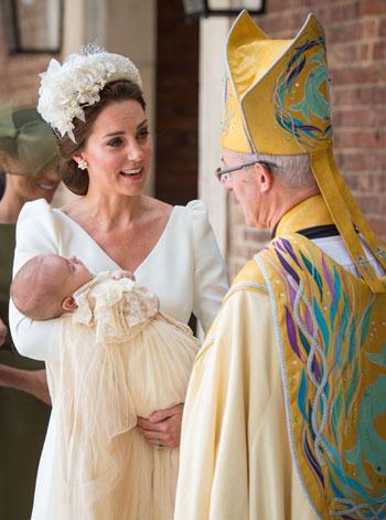 تعميد الأمير لويس