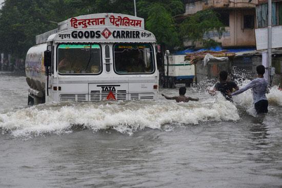 هطول الأمطار فى الهند