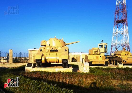 معدات عسكرية وأسلحة ثقيلة متحف العلمين