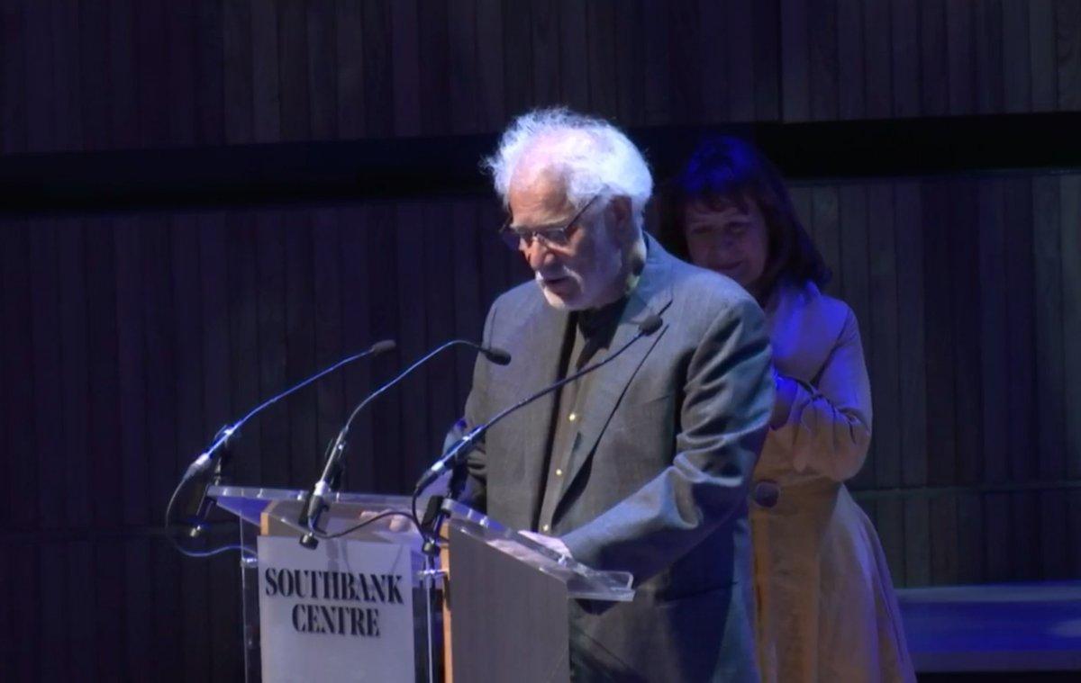 مايكل أونداتجى لم أتوقع فوز رواية المريض الإنجليزى بجائزة مان بوكر الذهبية
