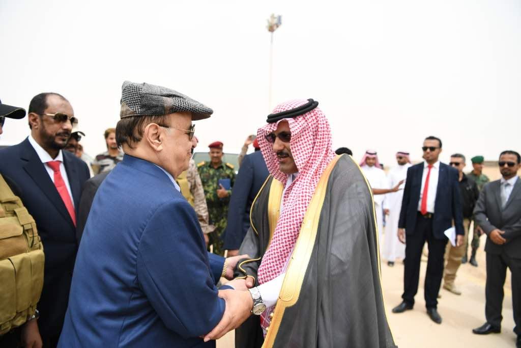 رئيس اليمن يصل المهرة لإطلاق مشروعات إعادة الإعمار بدعم من السعودية (5)