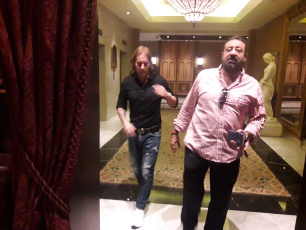 مجدي عبد الغني مع سلجادو خلال التفاوض مع أجيري