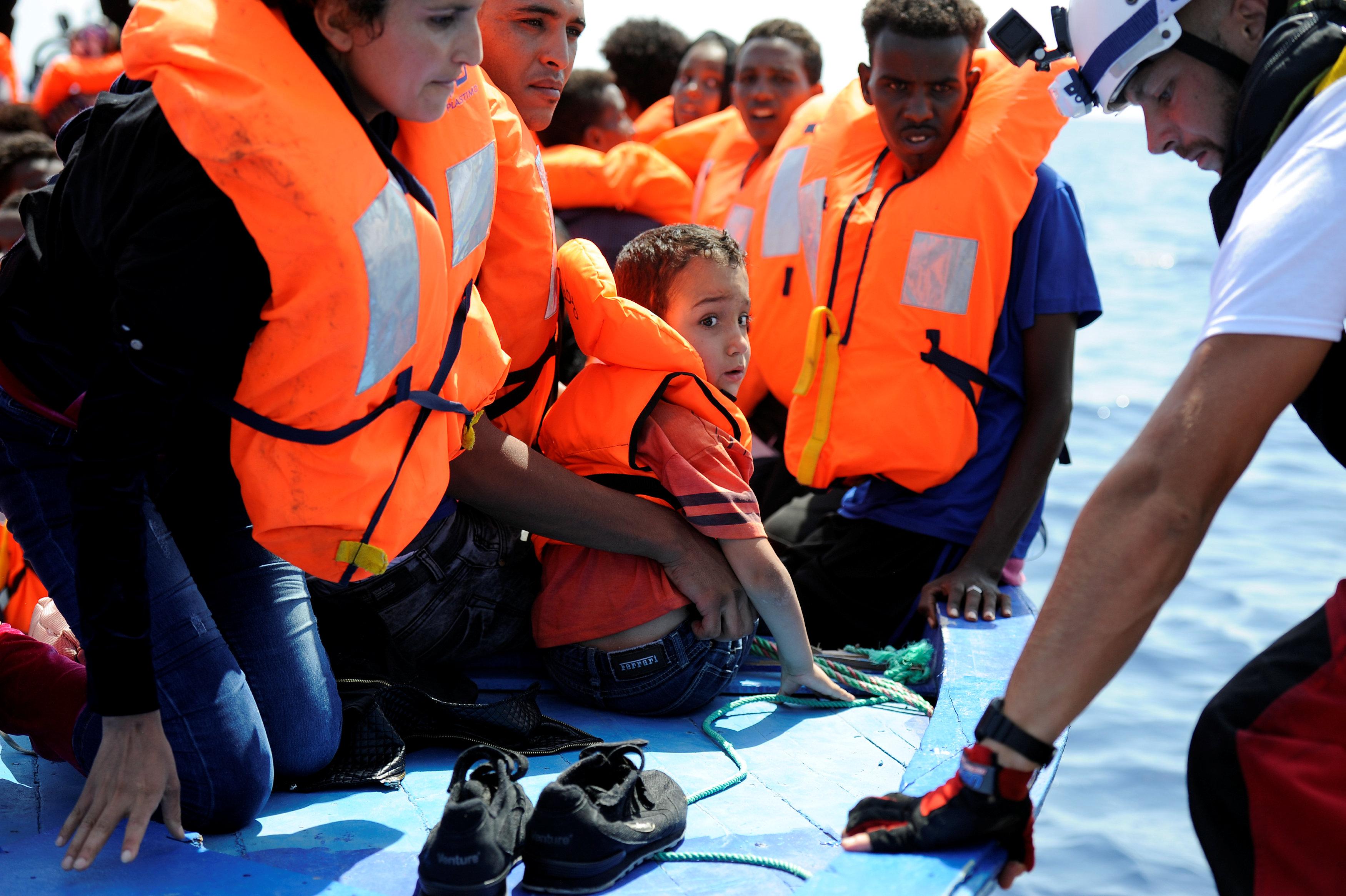 اثناء انقاذ المهاجرين