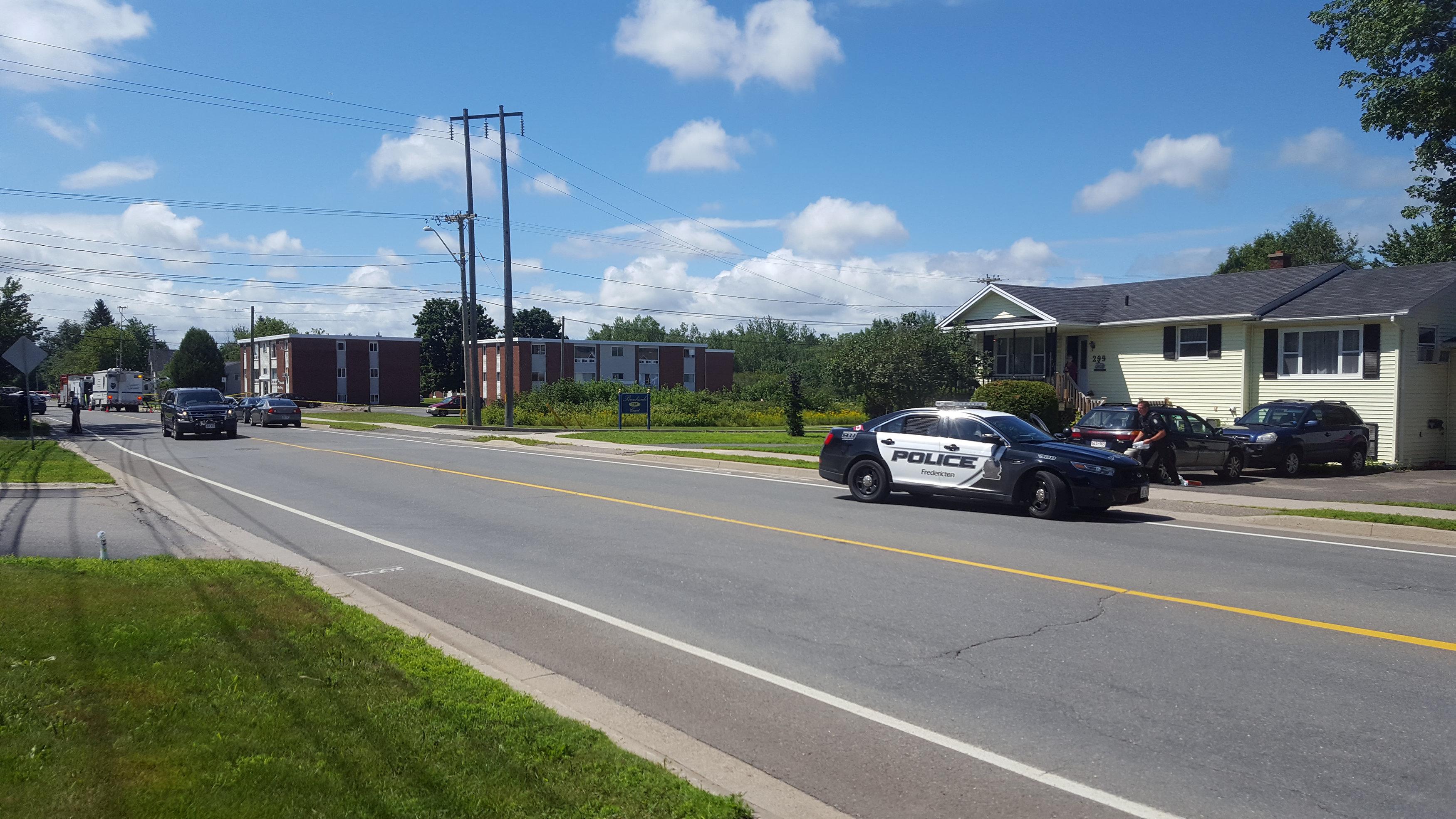 الشرطة الكندية تنهى حالة الغلق التى فرضتها على منطقة بمدينة فريدريكتون