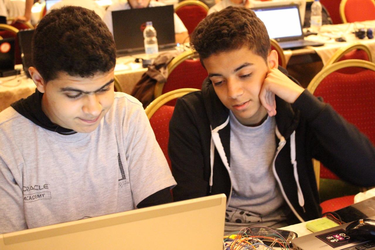 الطلاب المخترعين (4)