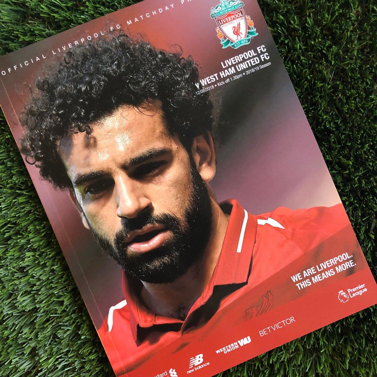محمد صلاح يتصدر غلاف مجلة مباراة ليفربول ووست هام