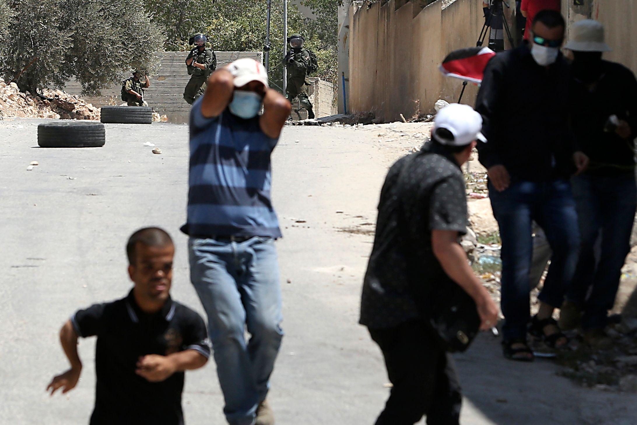 انتفاضة الفلسطينيين