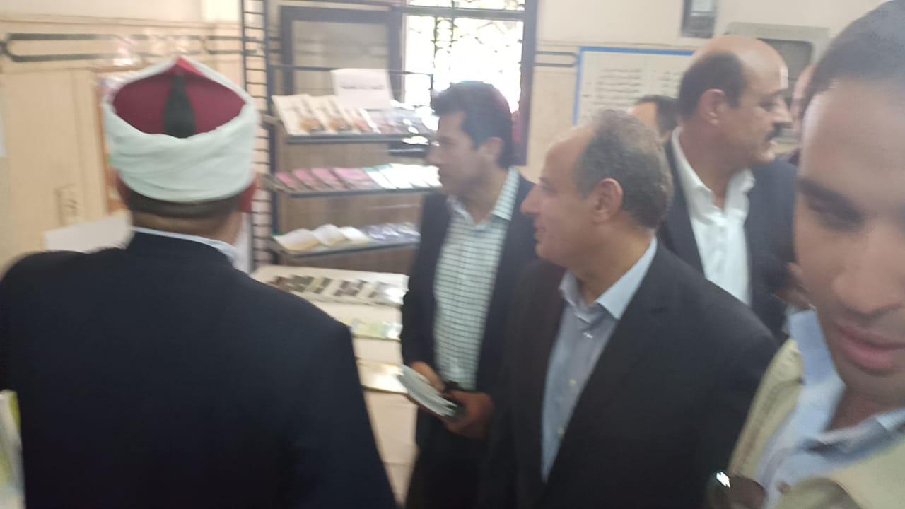 وزير الاوقاف والشباب والرياضة يفتتحان معرض الشئون الإسلامية بالإسكندرية (9)