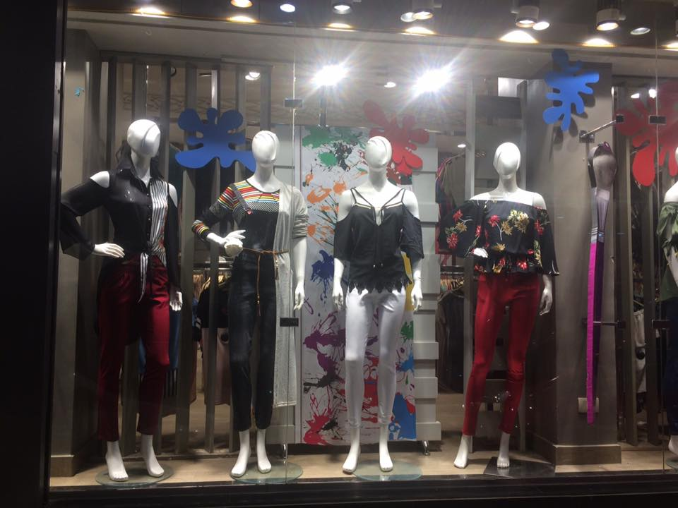 الأوكازيون الصيفي بمحلات الأقصر (4)