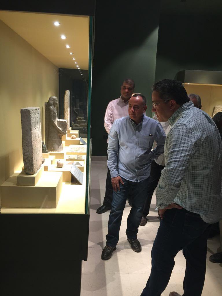 وزير الآثار يتابع أعمال متحف سوهاج لقرب افتتاحه (12)