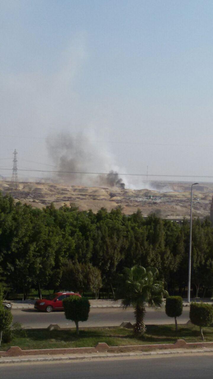 استمرار حرائق القمامة بالتجمع الثالث فى القاهرة الجديدة (2)