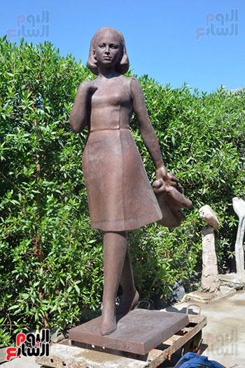 تمثال فاتن حمامة (2)