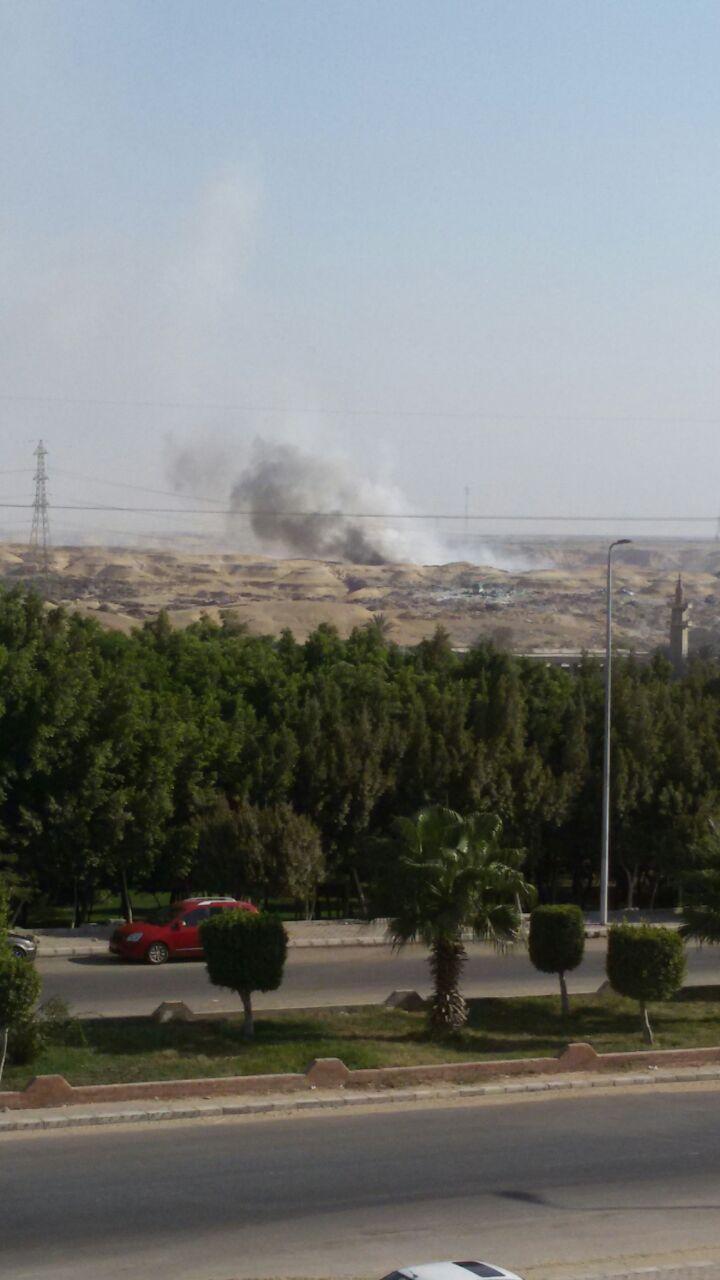استمرار حرائق القمامة بالتجمع الثالث فى القاهرة الجديدة (3)