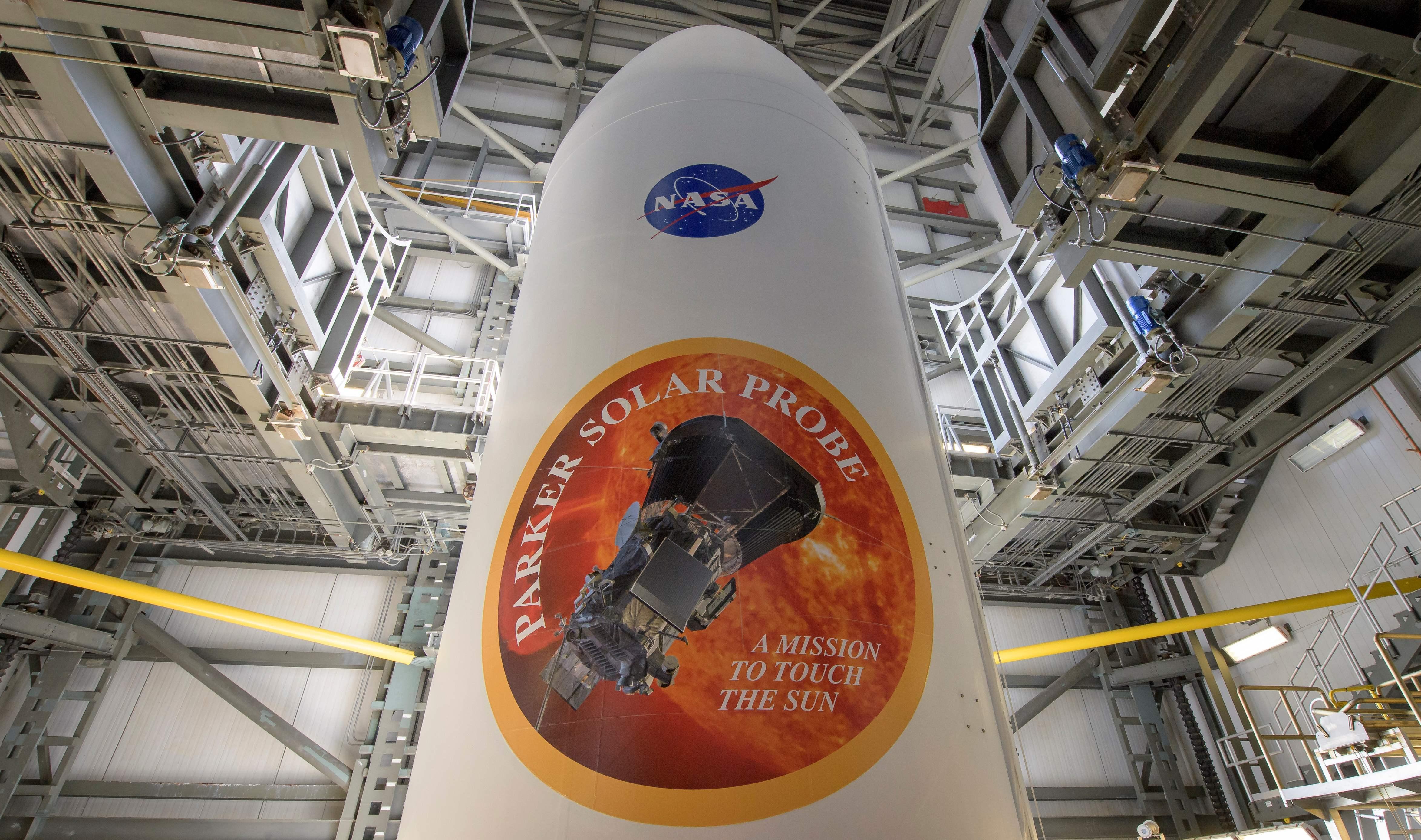 صاروخ يحمل مسبار ناسا