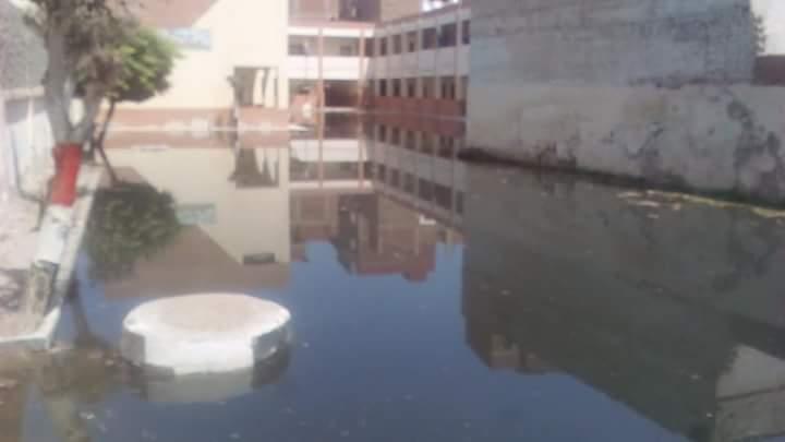 مياه المجارى تغرق مدرسة عمرو بن العاص  (2)