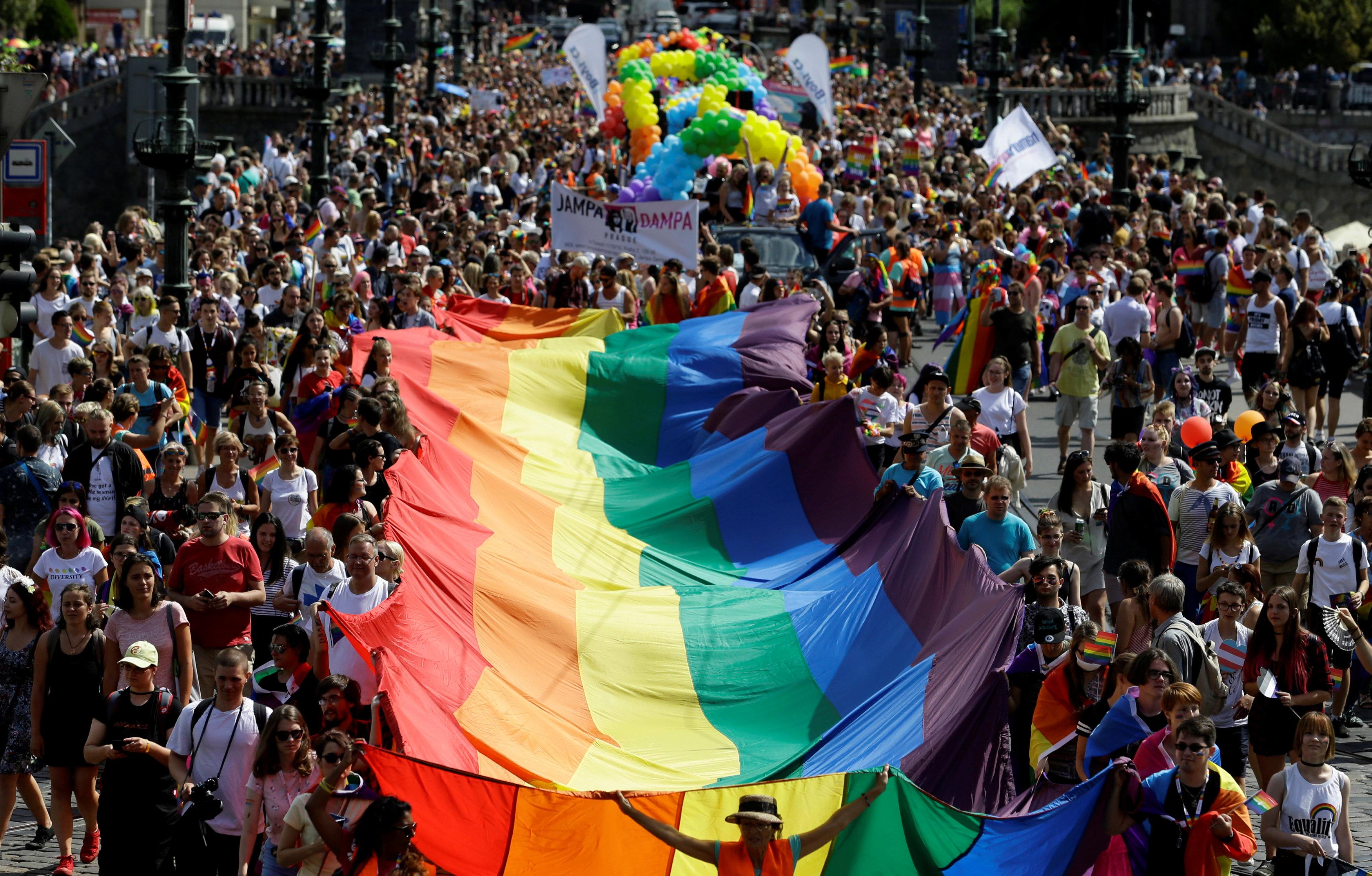 مسيرات المثليين فى التشيك