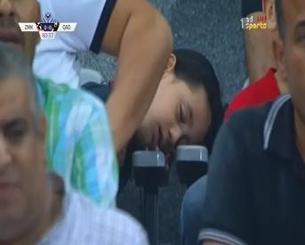 جمهور الزمالك نائم فى المدرجات