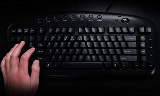 لوحة مفاتيح لمستخدمى اليد اليسرى