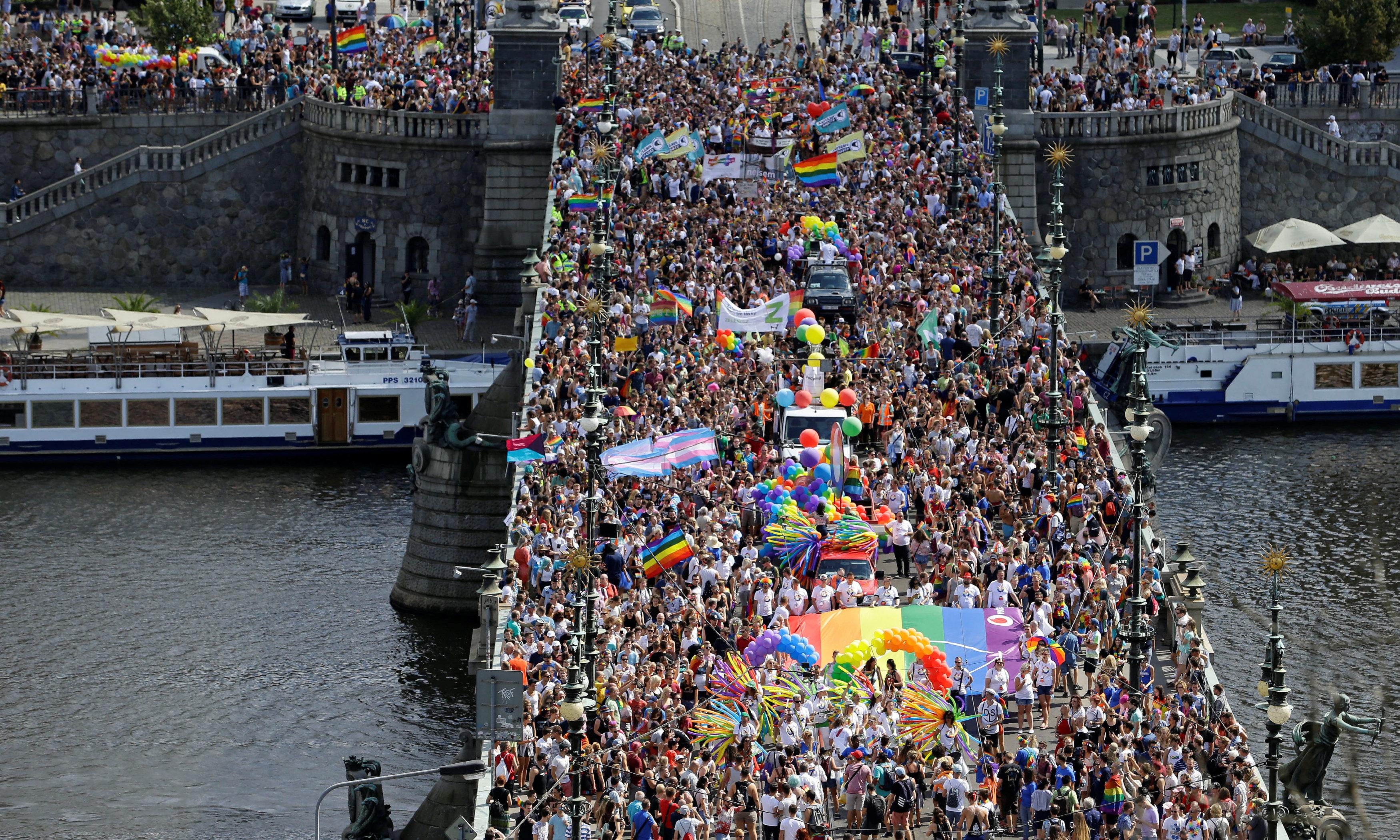 جانب من مسيرات المثليين فى التشيك
