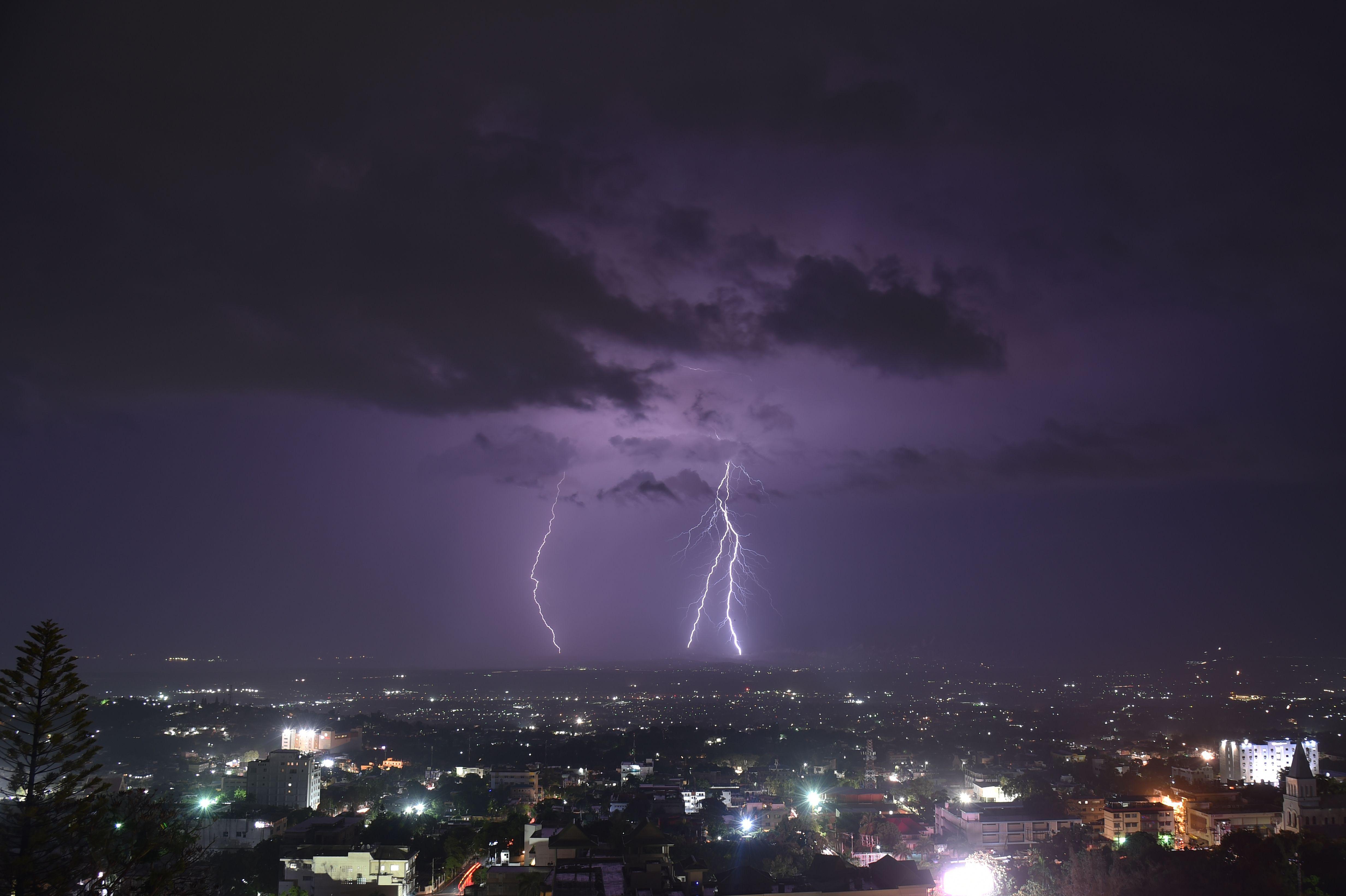 البرق فى هايتى