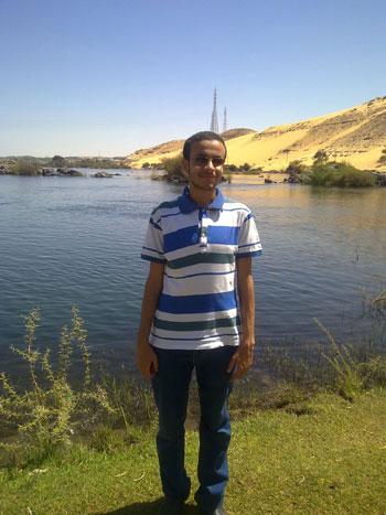 أحمد-الصاوى-الشاب-الأسوانى-الكفيف-(2)