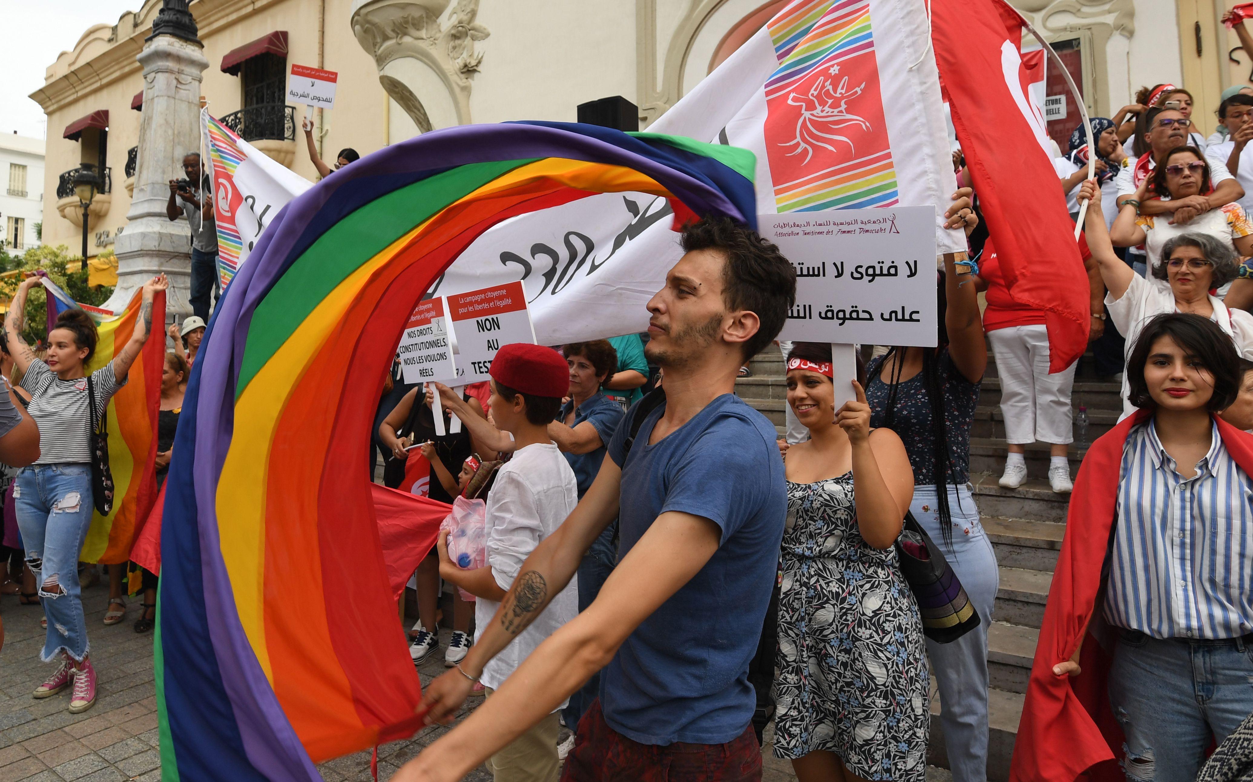 جانب من مظاهرات التونسييين