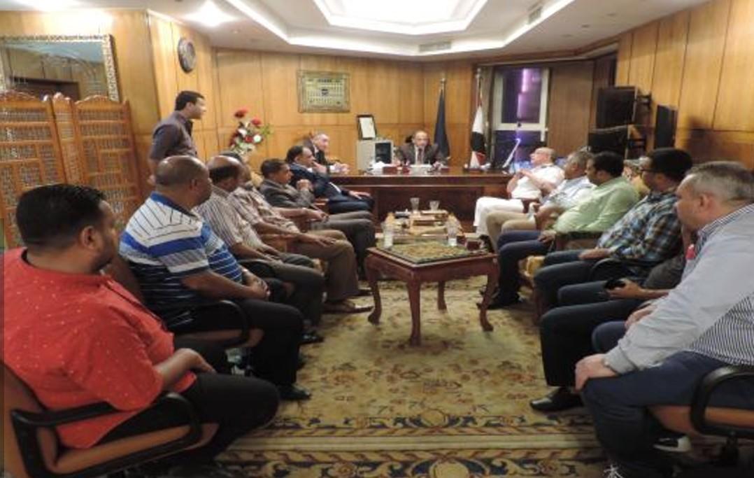قيادات وزارة الداخلية تعقد لقاءات مع التجار (2)