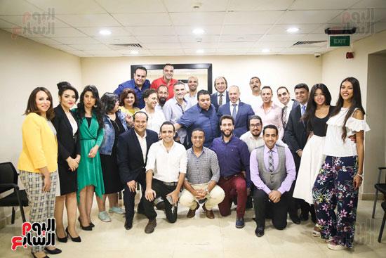 "فريق ""سلم نفسك"" مع تامر مرسى"
