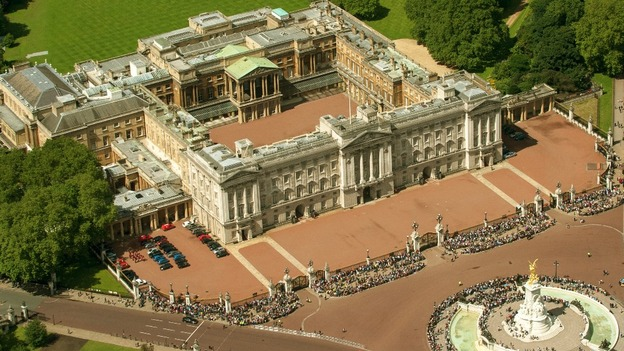 قصر باكنغهام لندن من الاعلى