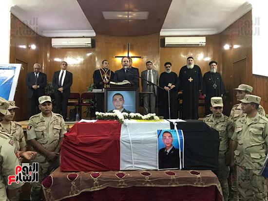 صور جنازة الشهيد فادى مدحت  (16)