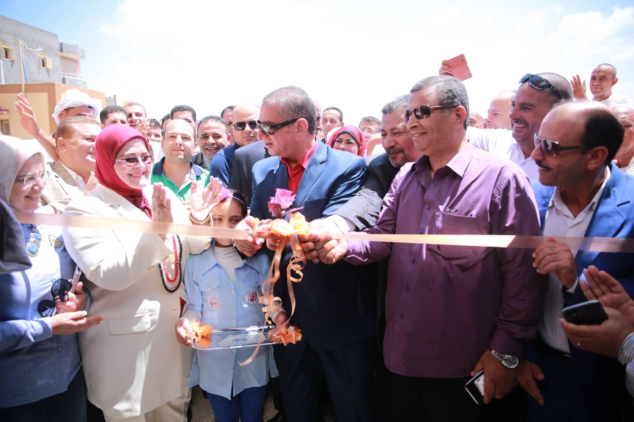 محافظ كفر الشيخ يفتتح مدرستين بكفر الشيخ