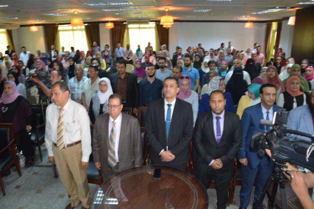 محافظ الغربية يشارك فى المؤتمر العلمى السنوى الثالث  (2)