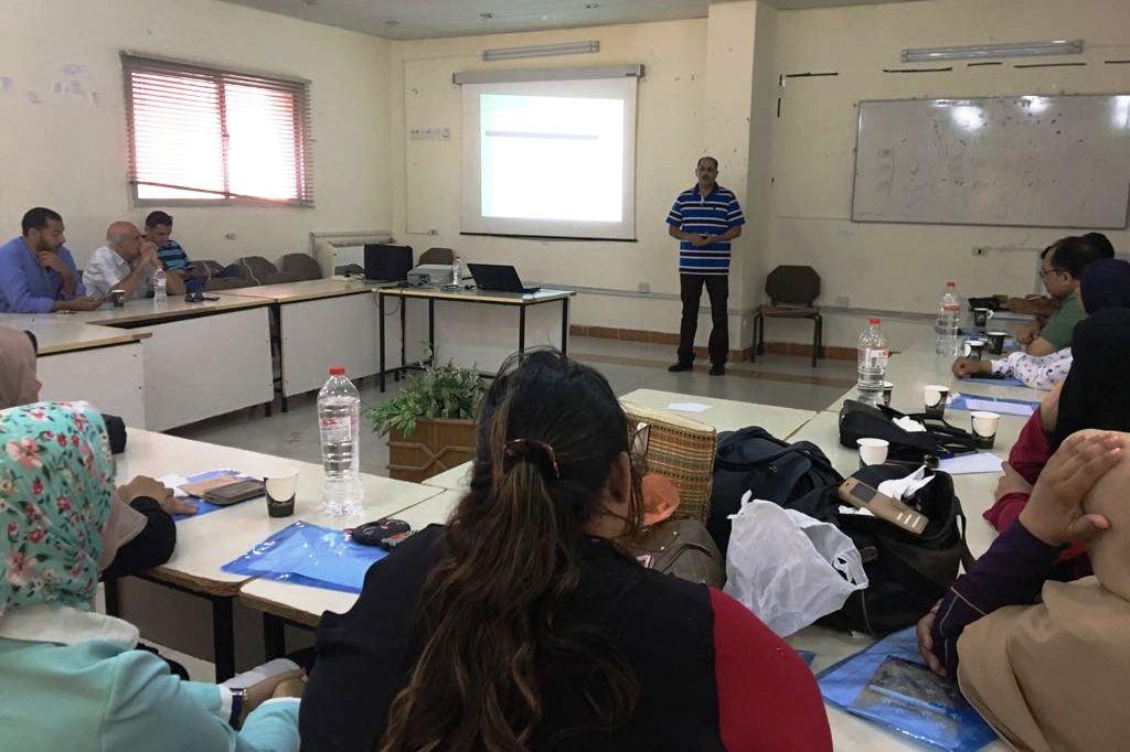 دورة تدريبية حول التخلص الآمن من النفايات الطبية الخطرة بمطروح (1)