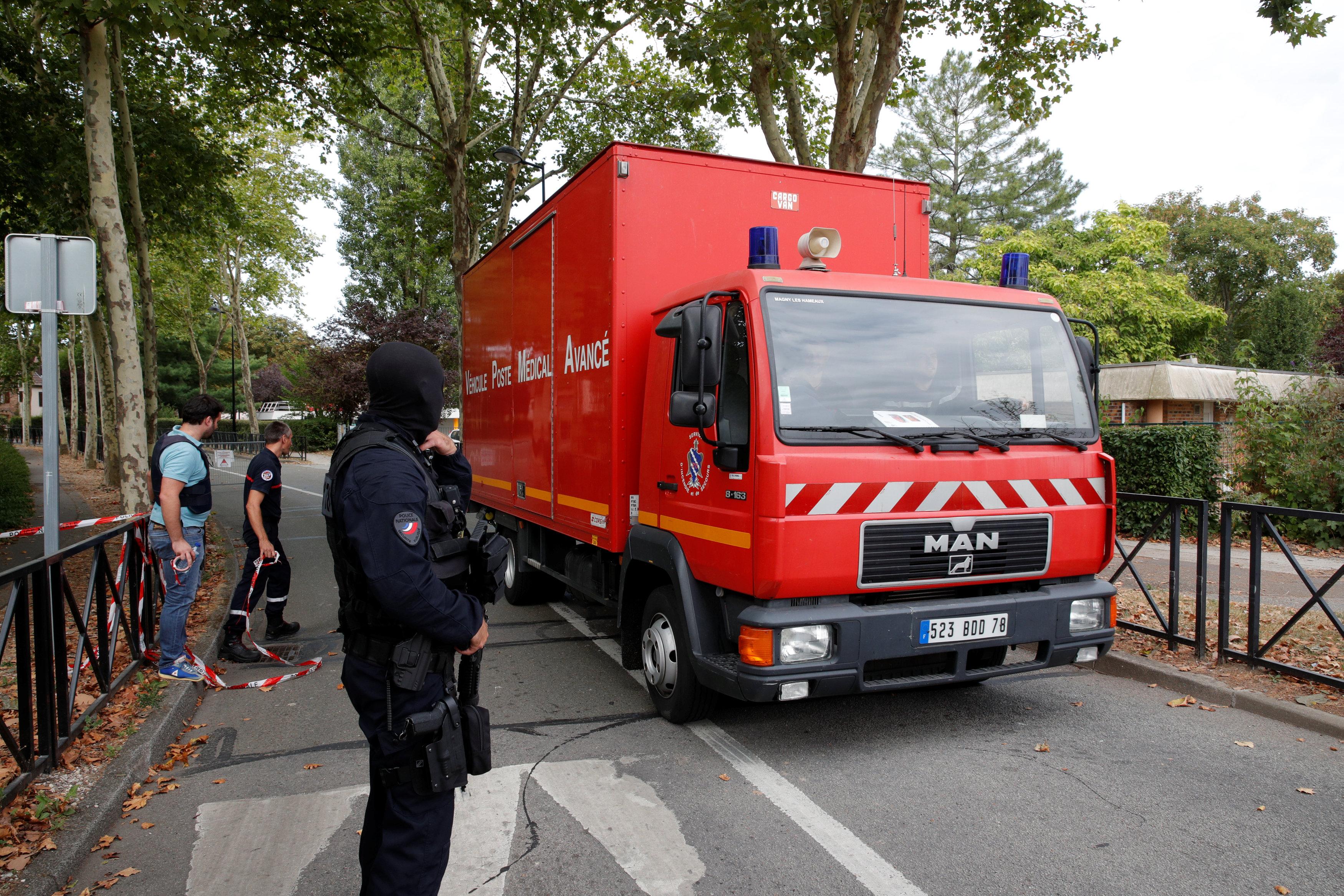 سيارة شرطة فرنسية فى موقع الحادث