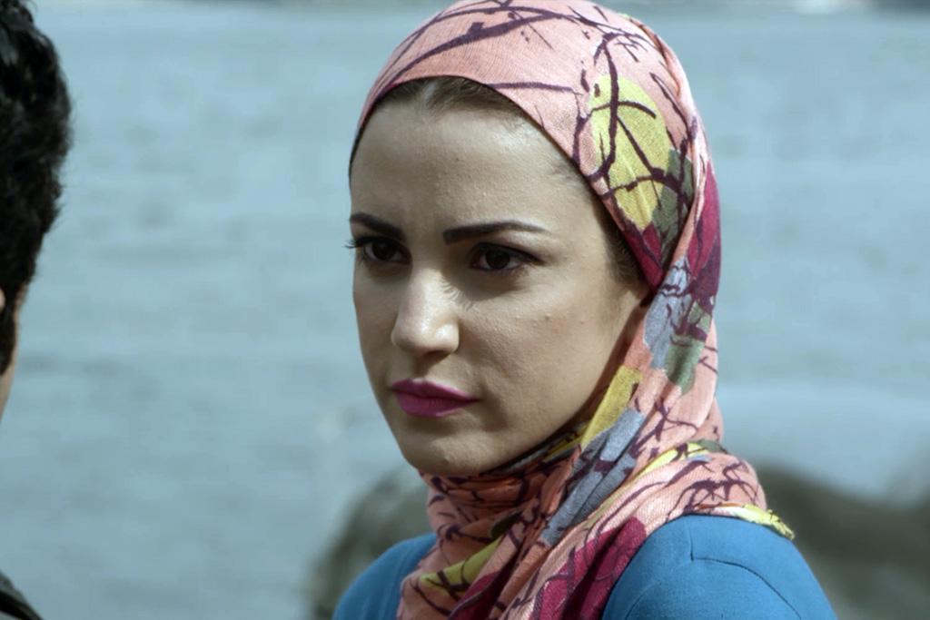 درة بالحجاب فى سجن النسا
