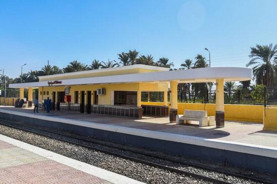 صور خطة تطوير 156 محطة سكة حديد (3)