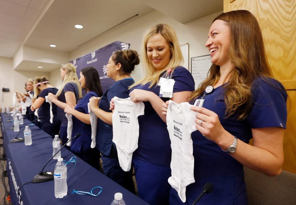 الممرضات أثناء المؤتمر (2)