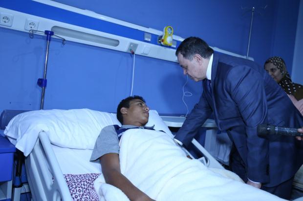 وزير الداخلية يزور مصابو كمين العريش (2)