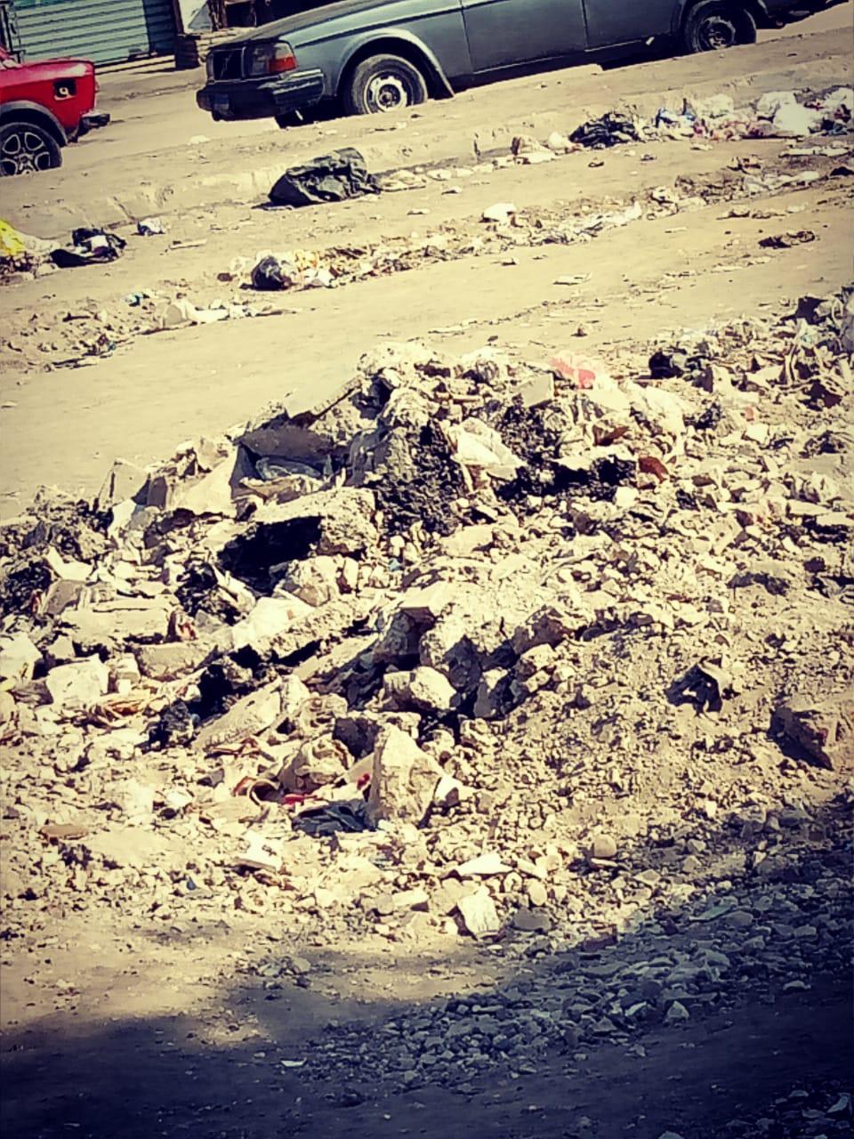 انتشار القمامة وسوء الخدمات فى منطقة ترسا بالهرم (2)