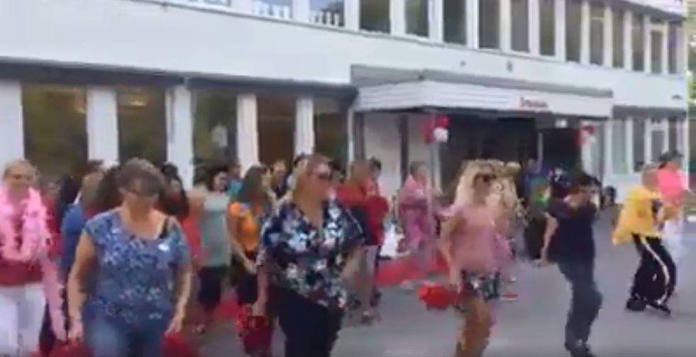 استقبال المدرسين فى السويد للطلاب