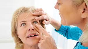 اعراض جفاف العين 5