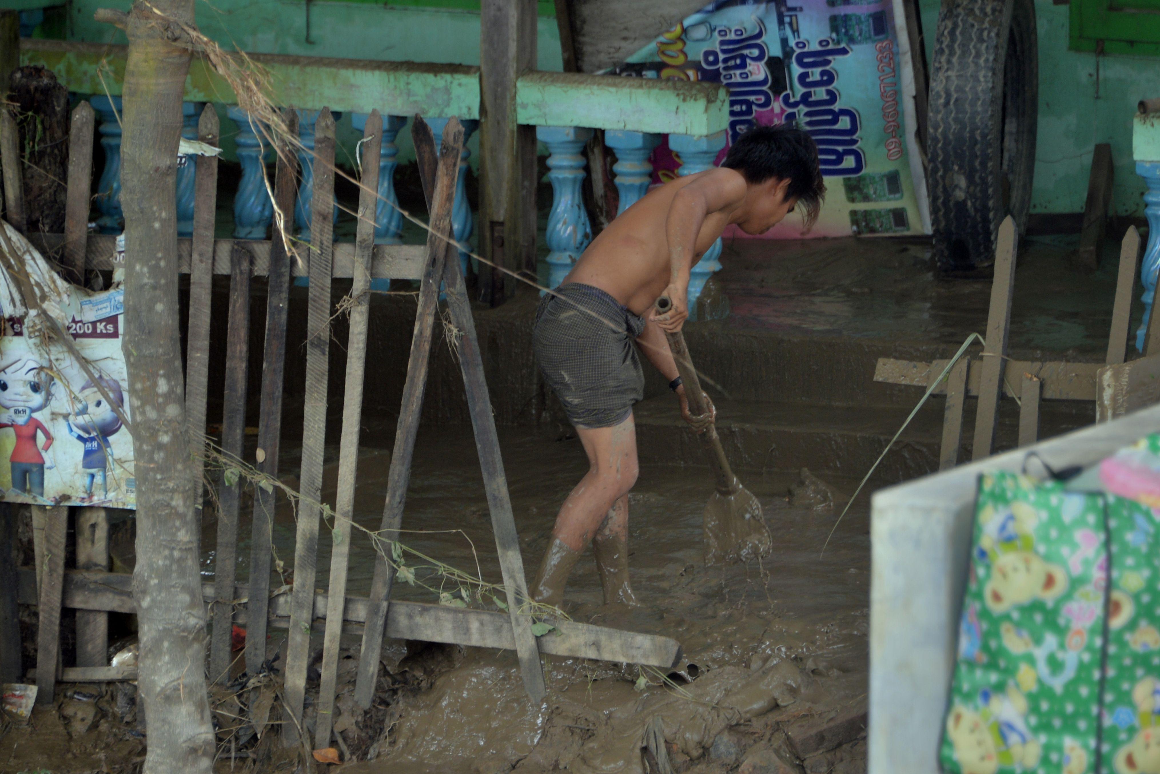 تضرر بالغ فى المنازل بسبب المياه