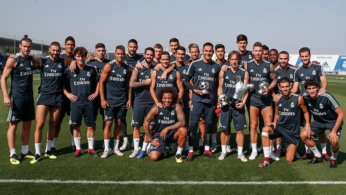 جوائز الاتحاد الاوروبى تزين تدريبات ريال مدريد قبل مباراة ليجانيس